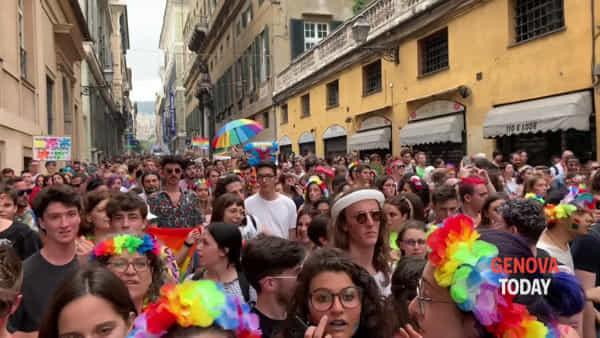 Il giorno del Liguria Pride: 15mila in piazza. Video