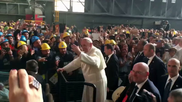 Papa Francesco all'Ilva | Video