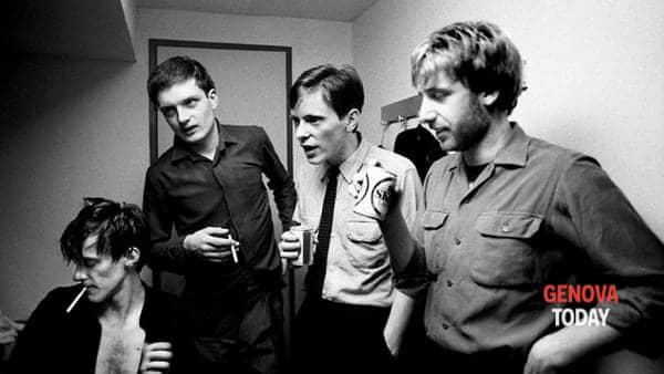 Sabato sera al Bonfim di Nervi con i Permanent, tribute band dei Joy Division