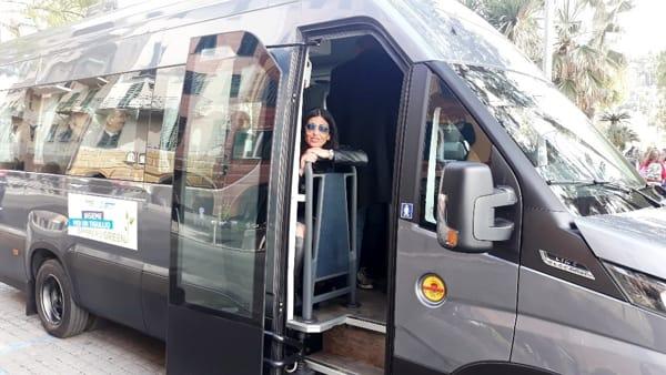 prossimo bus dating spettacolo incontri di campagna online