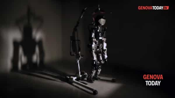 VIDEO | Il robot umanoide dell'Iit protagonista nel video di Alex Braga