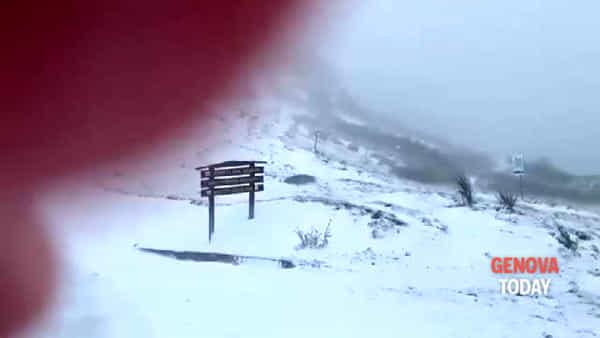 Neve a maggio al passo del Faiallo. Video