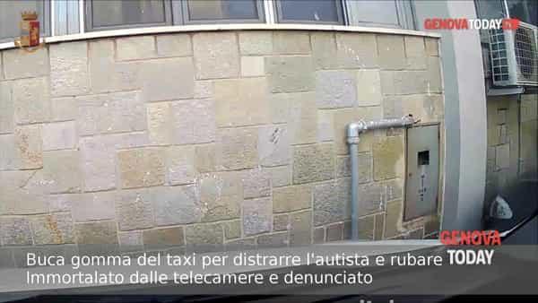 Buca gomma del taxi per distrarre l'autista e derubarlo: incastrato dalle telecamere