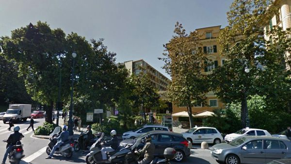 Crisi d'asma, è morto il clochard di piazza Corvetto