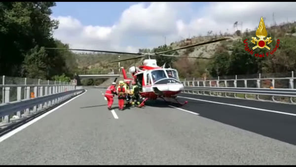 Elisoccorso in azione sopra Cogoleto per un incidente in A10. Video