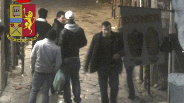 Rapina violenta nella movida, arrestato 'Marrakesh'