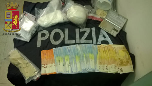 Crack e cocaina, maxi sequestro di droga a Cornigliano: due arresti