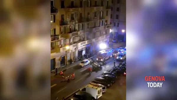Auto si ribalta, l'intervento dei vigili del fuoco Video