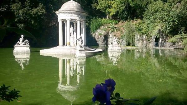 """""""Il giardino dei misteri"""": alla scoperta del parco di Villa Durazzo Pallavicini"""
