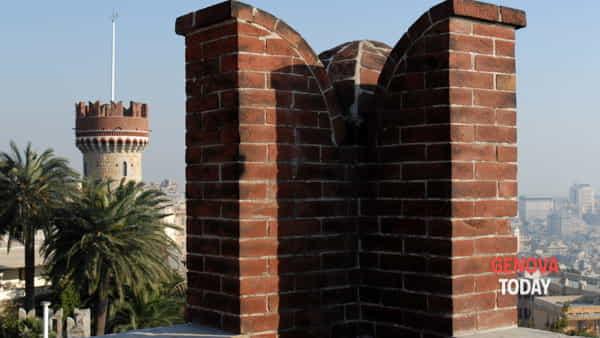 Castello Fuoriorario per le sere d'estate: conferenze, passaggi segreti e slow flow yoga