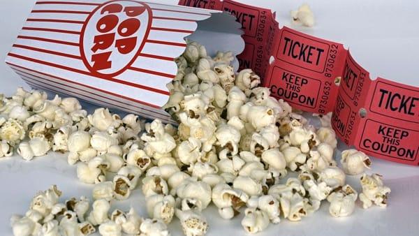 Cinema all'aperto per i bimbi in via Cesarea