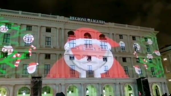 Proiezioni di Natale in piazza De Ferrari. Video