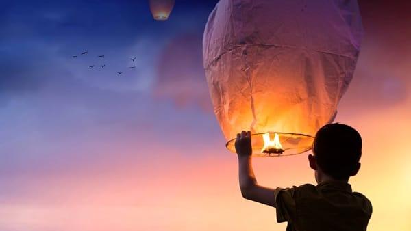 """""""La spiaggia che balla"""" a Pegli con i Trilli, snow party e lanterne volanti"""