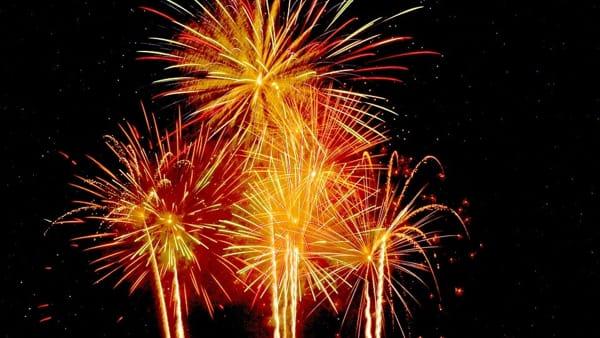 Spettacolo di Natale con fuochi d'artificio all'Arena Albaro Village