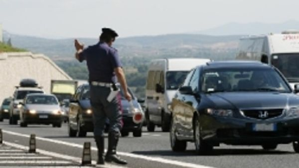 Incidente in autostrada, traffico bloccato fra Genova Est e bivio A7