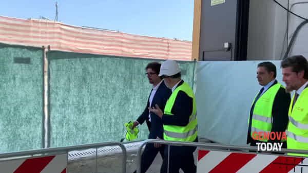 Nuovo ponte: Toti, Bucci e Toninelli posano la prima pietra | Video