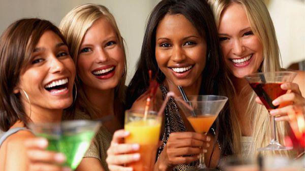La Goletta Seaside inaugura al Porto Antico con drink gratis per tutte le donne