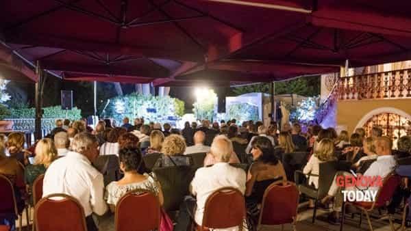 """lo show di enzo paci inaugura """"kitchen&comedy lab"""" a villa pagoda-3"""
