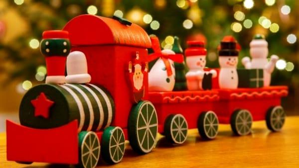 Mercatino di Natale, trenino e gastronomia a Serra Riccò