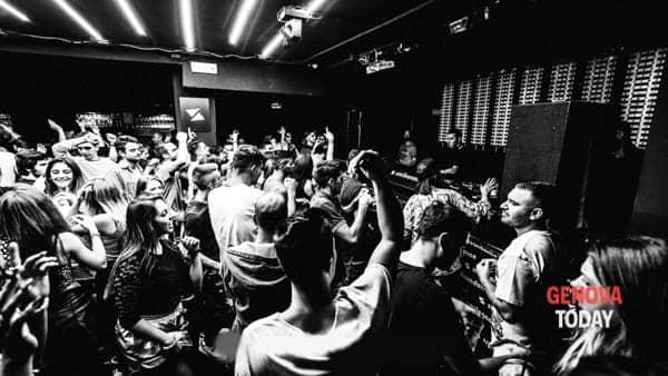 capodanno 2019 a genova, cenone e discoteca al casa mia  club-2