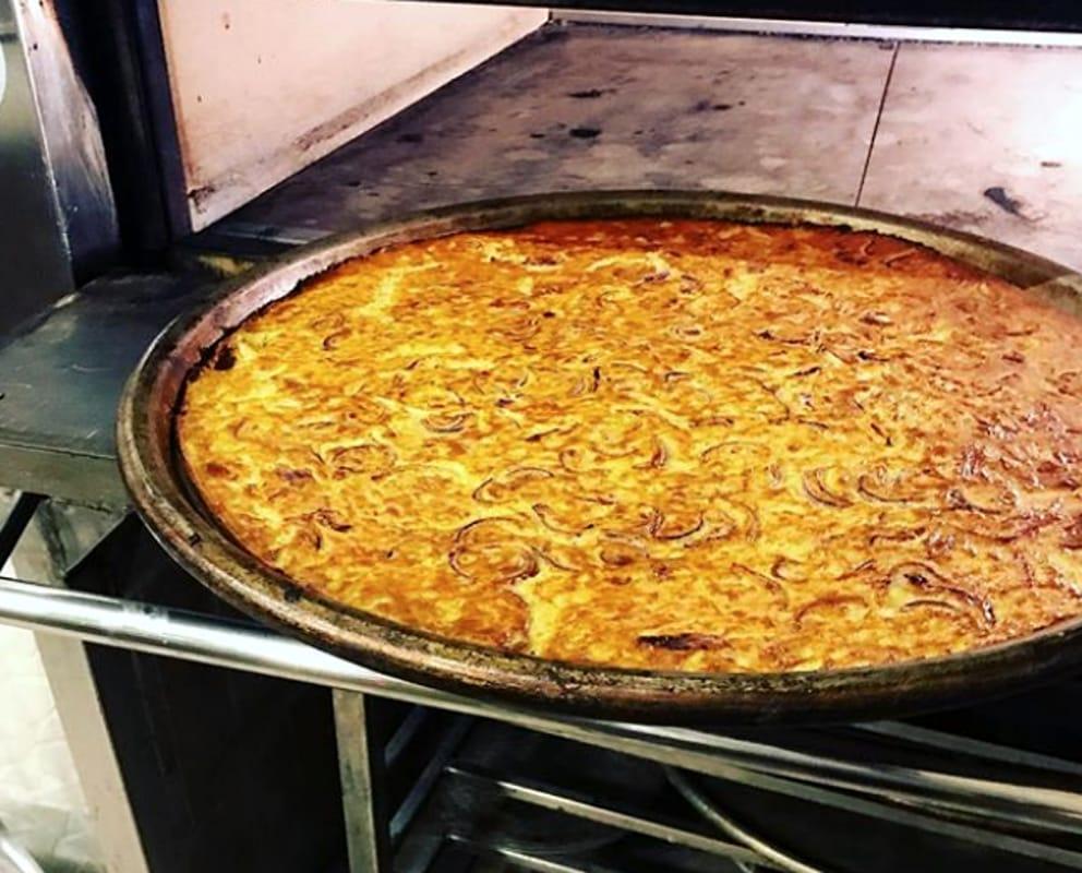 Ricetta Farinata Originale.Farinata Con Le Cipolle La Ricetta Della Tradizione Genovese