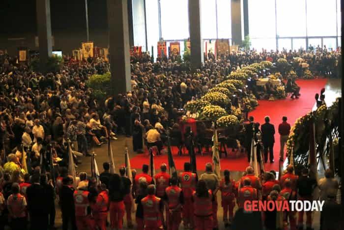 funerali vittime ponte morandi © edgardo genova (1)