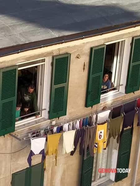 Carmine, la tombola ai tempi del coronavirus è alla finestra-01